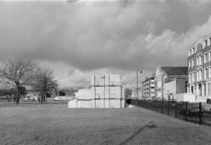 Rachel Whiteread, House, 1993. Photo: John Davies, courtesy Artangel.