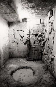 Photo 1b: u r 14, DAS LETZTE LOCH, Totes Haus u r, Venedig 2001