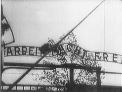 Auschwitz gateway 001