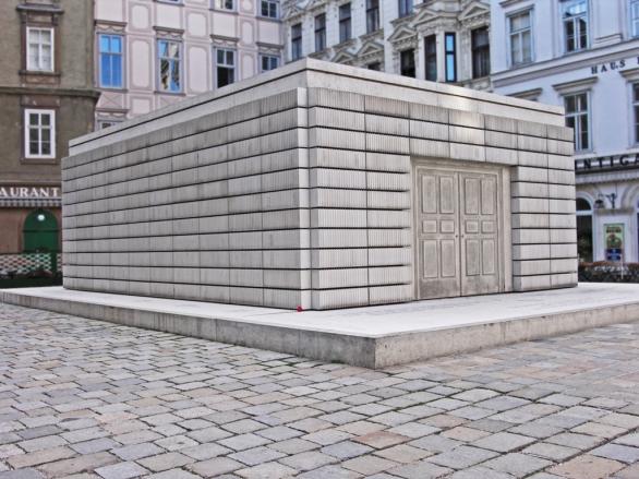 Rachel_whitereadwien_holocaust_mahnmal_wien_judenplatz